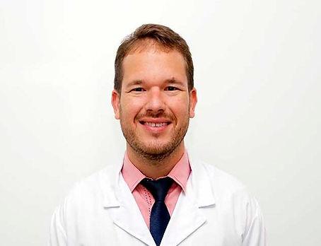 DR ANTONIO OFTALMOLOGISTA.jpg