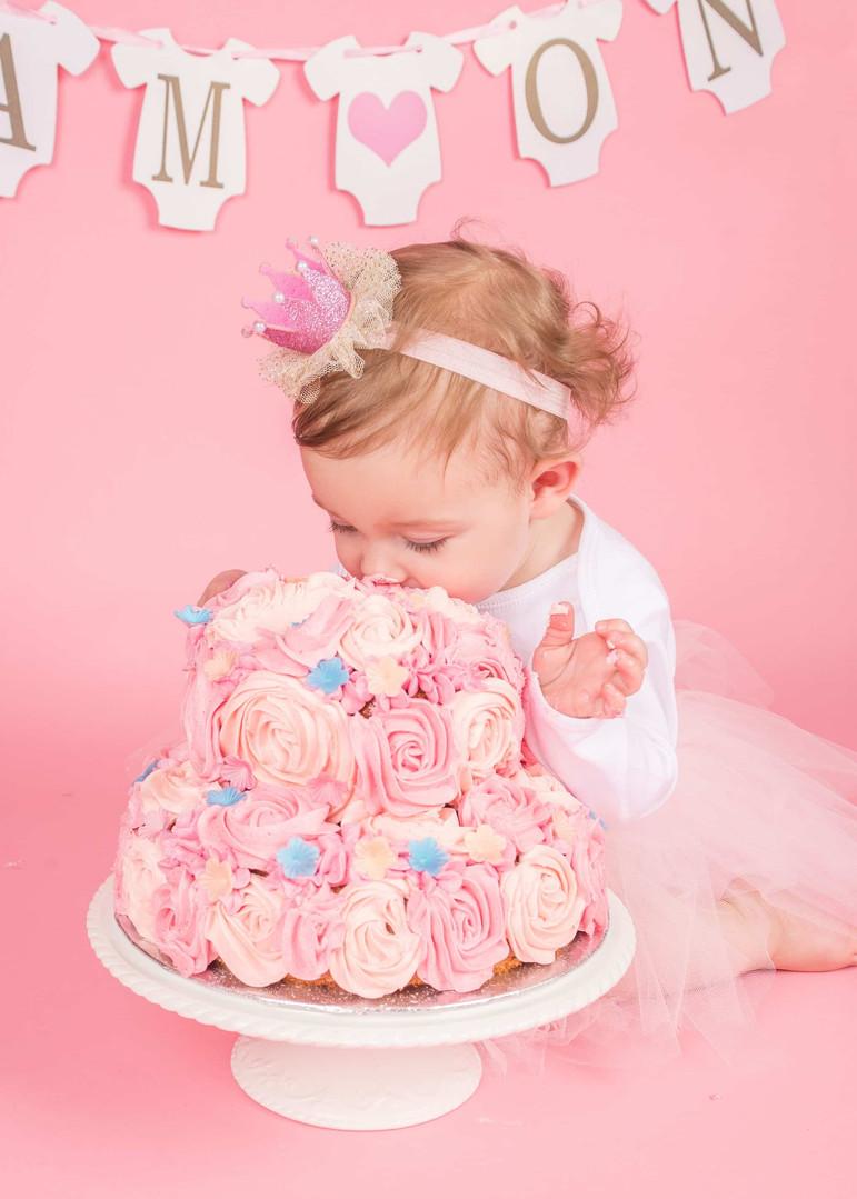 Cake-Smash-Girl-Portsmouth-Hampshire-202