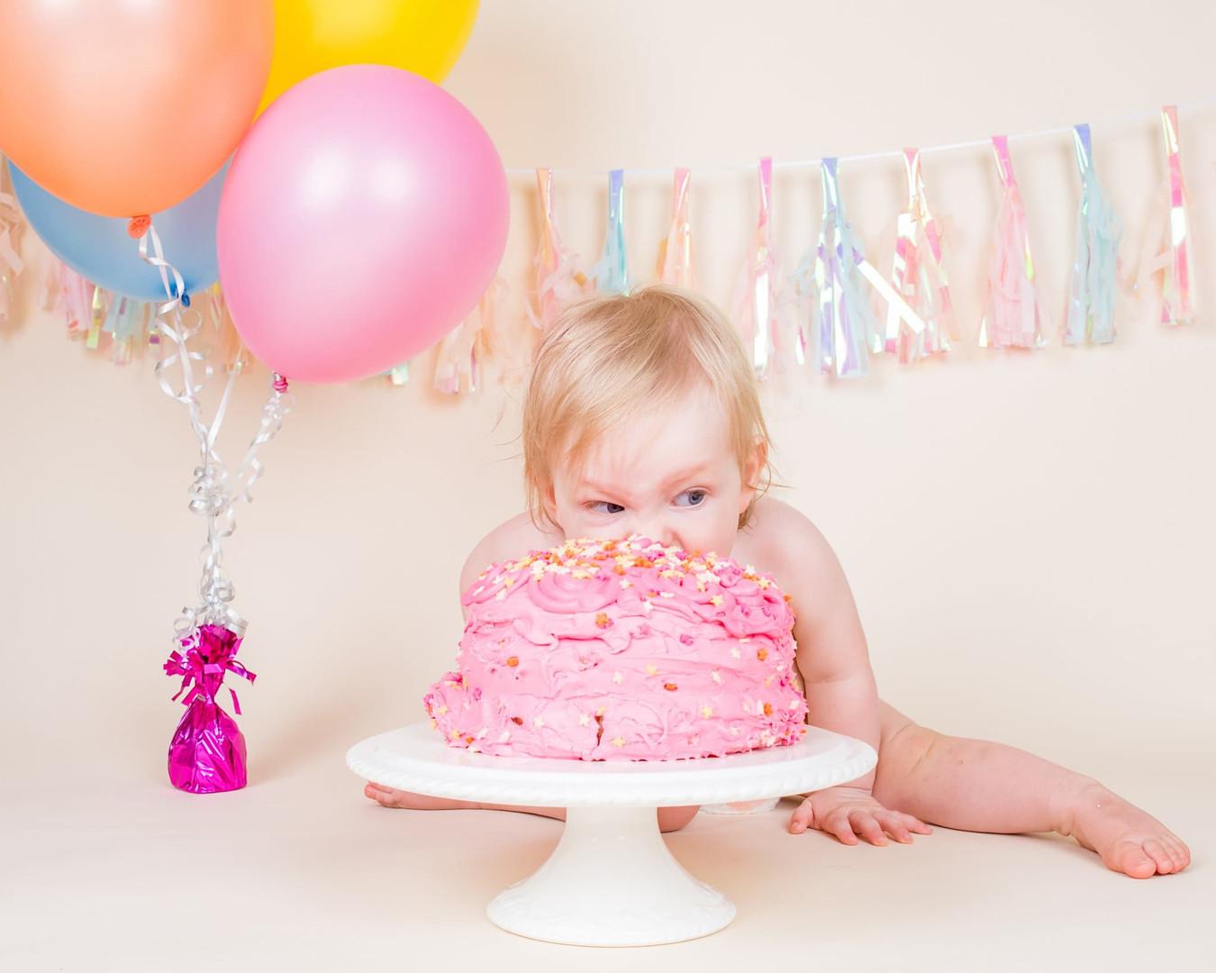 Portsmouth-Cake-Smash-Girl-Hampshire-202