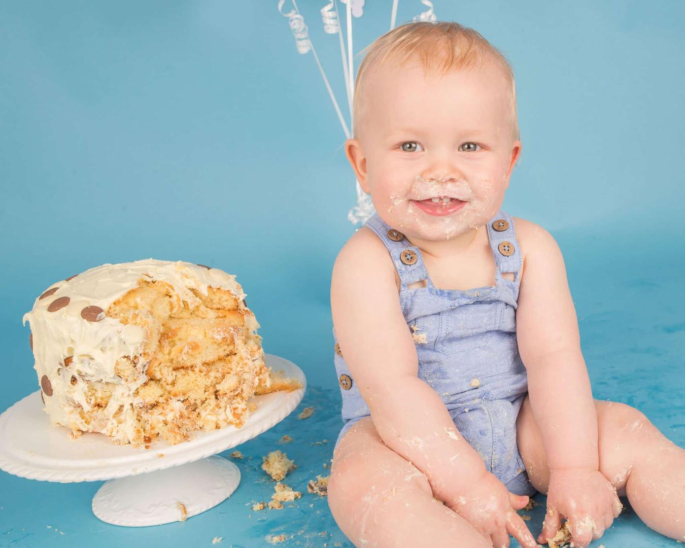 Cake-Smash-West-Sussex-Hampshire-2020-77