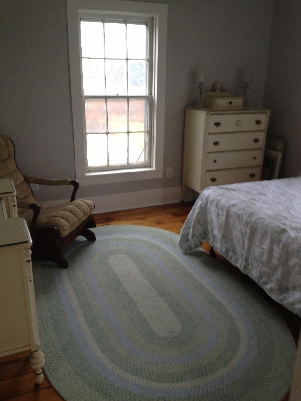 Farmhouse Faith's Room2