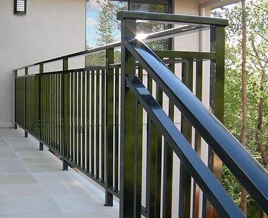aluminum-balustrade-500x500.jpg
