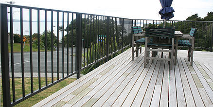 Viking-balustrade-on-beachside-deck-in-m