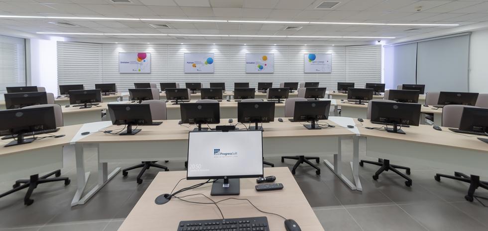 progresssoft-lab-in-the-uj-10.png