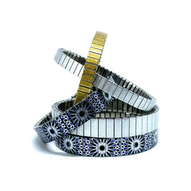 IMG_637Carnival + Solo bracelets6.jpg