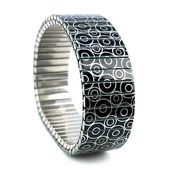 Circles Within 18S18 Metallic