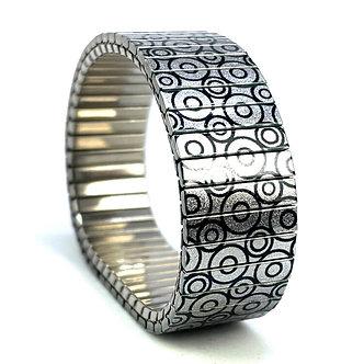 Circles Within 17S18 Metallic