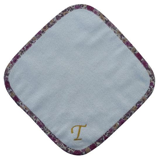 [COCOWALK]イニシャル刺繍ハンカチ「T」