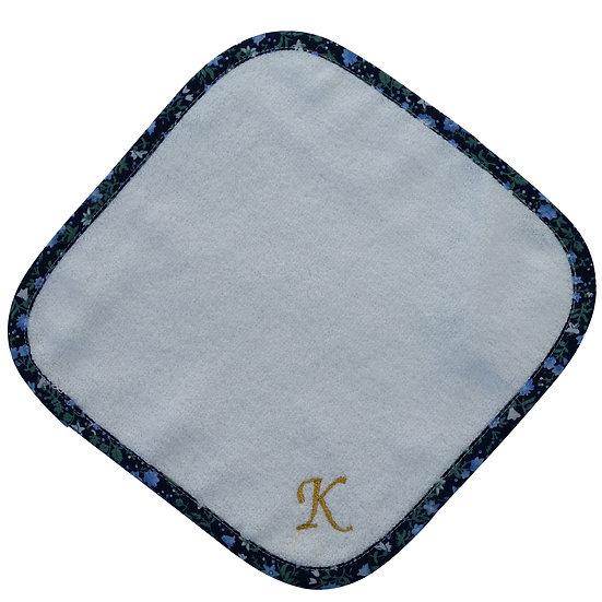 [COCOWALK]イニシャル刺繍ハンカチ「K」