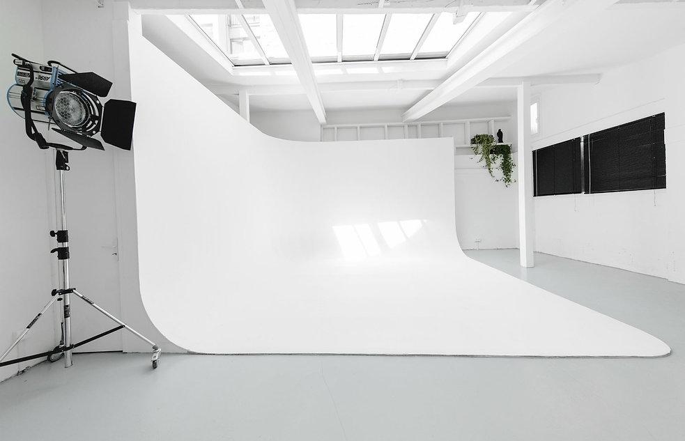 m-studio-paris-photo-video-casting-STUDI