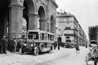 Lancia Eptajota 254 con carrozzeria Garavini (fine anni '20). Fonte: www.negri.it