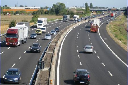 autostrada_tre_corsie