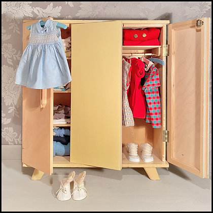 armoire de poupée 60's