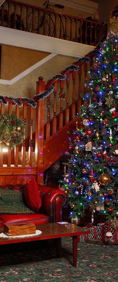 Hallway at Christmas!