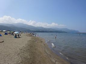 zenibako-beach-2048x1536.jpg
