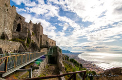 castello-di-arechi-salerno-veduta-golfo