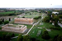 Visione_aerea_da_mongolfiera_dei_templi_di_Era_e_Poseidone