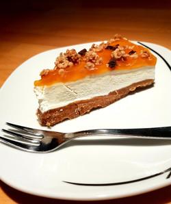 Cheesecake alla gelatina di albicocca