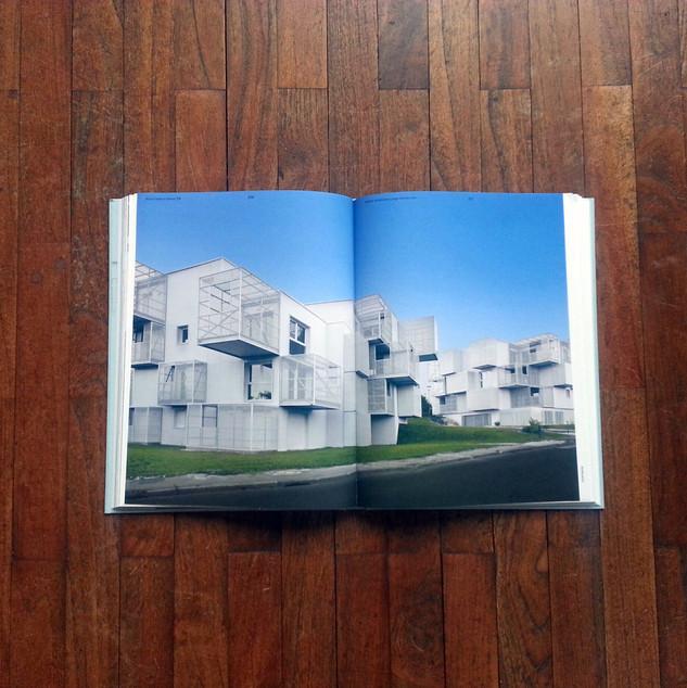 WHITE CLOUDS > dans Détail/ Allemand p.3