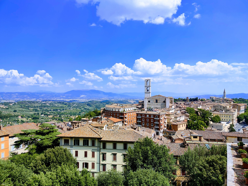 Perugia, Umbria. Veduta dall'alto chiesa San Domenico e dintorni.