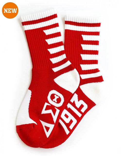 Delta Sigma Theta Socks