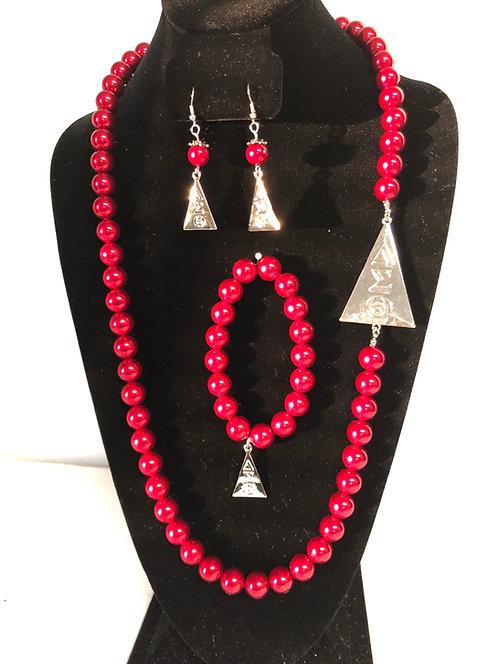 Delta Sigma Theta Pearl Sets