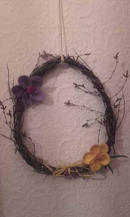 Easter wreath flowers (made by class 6/7)