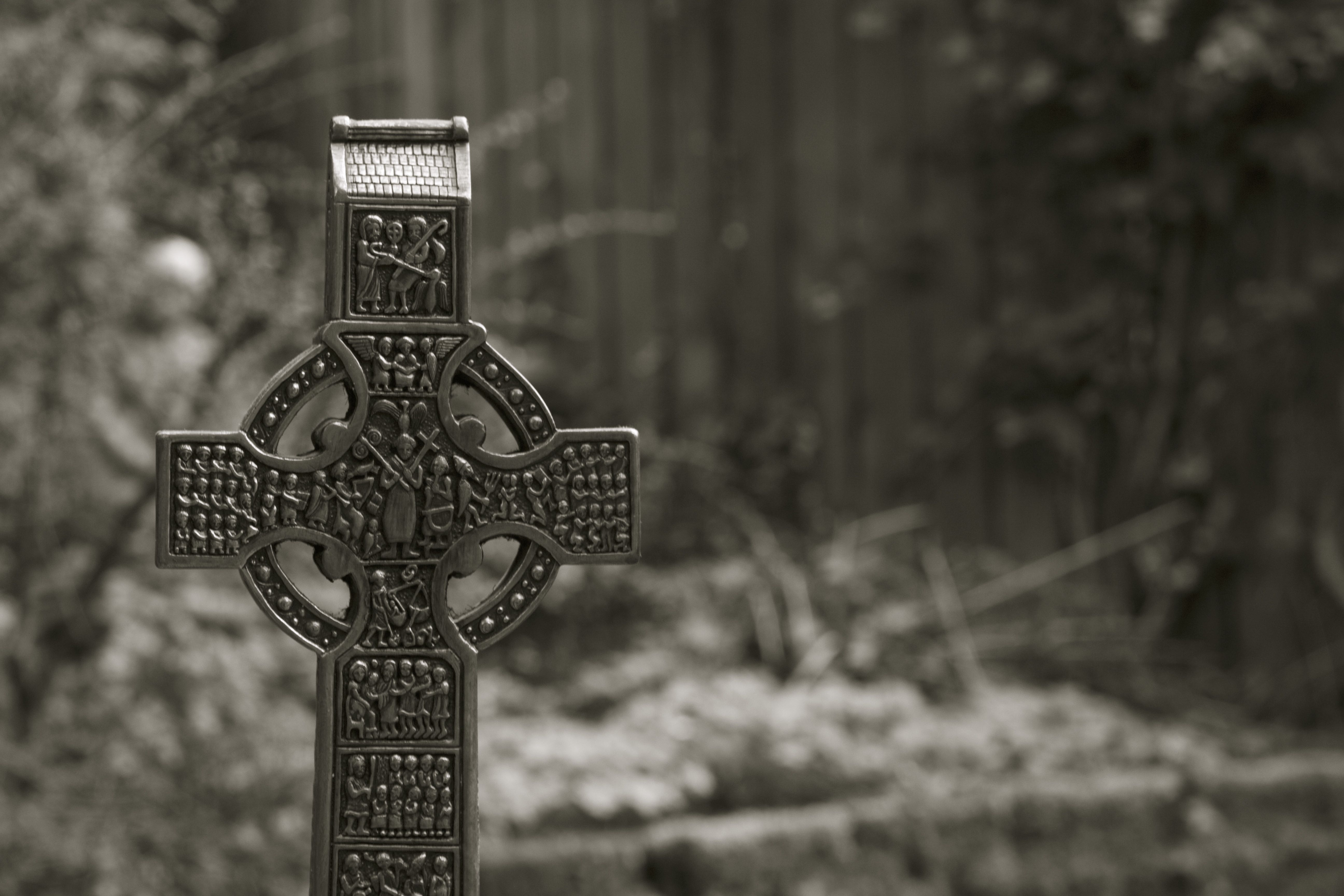celtic cross bw