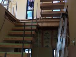 大地の家の階段