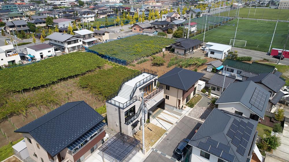 トートアーキテクツ  安田智紀 大地の家 ドローン写真