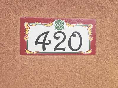 Custom house numbers