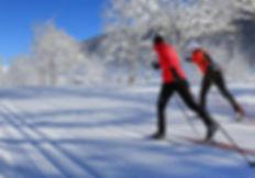 women skiing.jpg