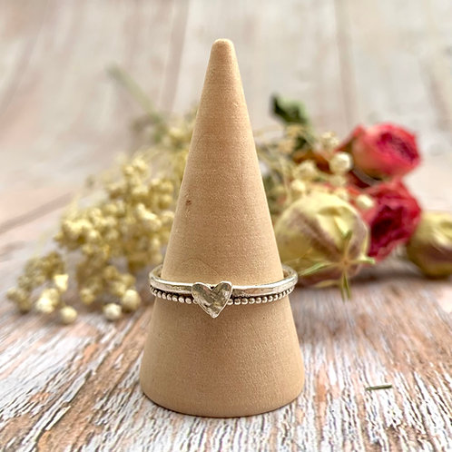Sterling silver double wire ring with heart detail