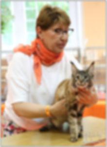 эксперт WCF Абрамова Ольга Львовна и Сонечка - котенок мейн кун 4 месяца