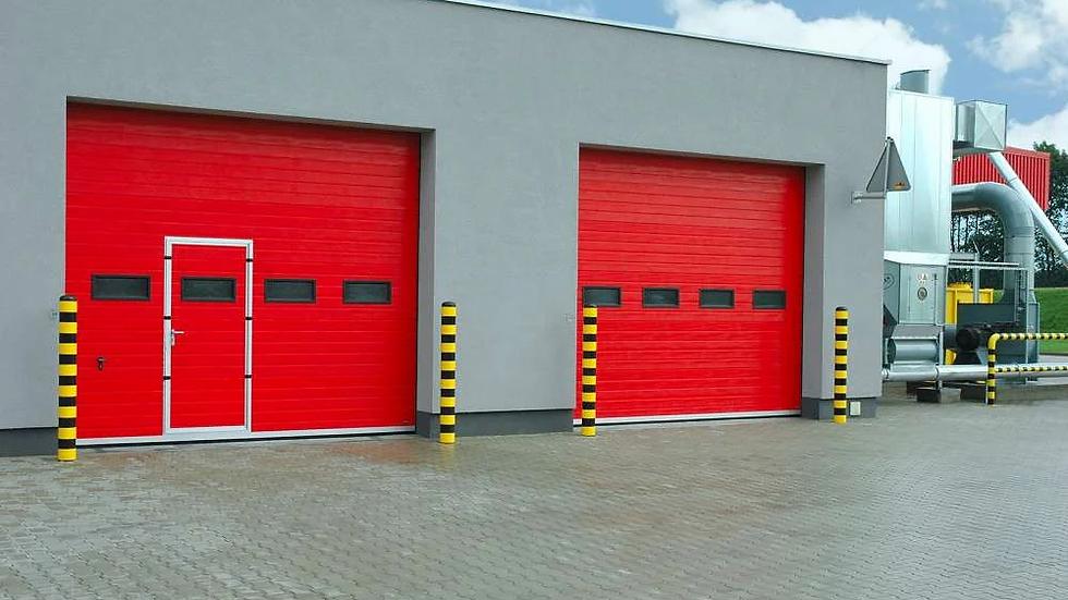 Промышленные секционные ворота Алютех 4000х4000 мм