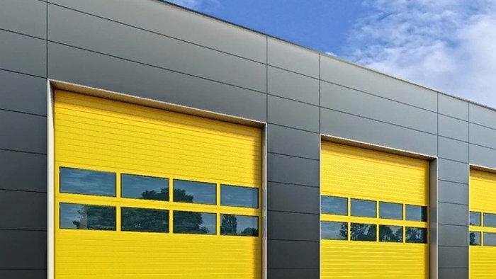 Промышленные секционные ворота Алютех 4500х4500 мм с электроприводом