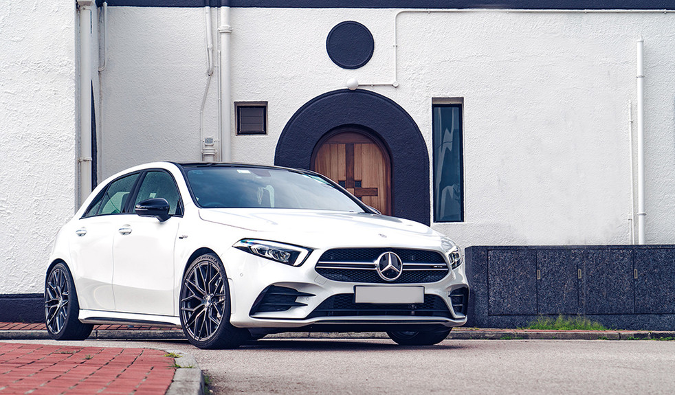Mercedes-Benz A35 AMG   AG M520R 4.jpg