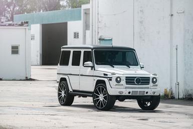 AG-white-black-G-wagon-1 _ AG F320.jpg