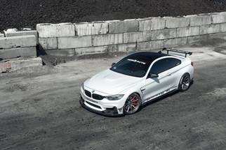 BMW M4 wh _ AG M621.jpg