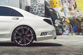mercedes-s550-agl14-gloss-black-white-ac