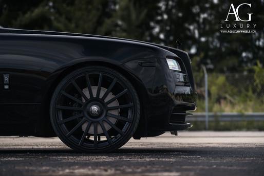 rolls-royce-wraith-agl20-matte-black-10.
