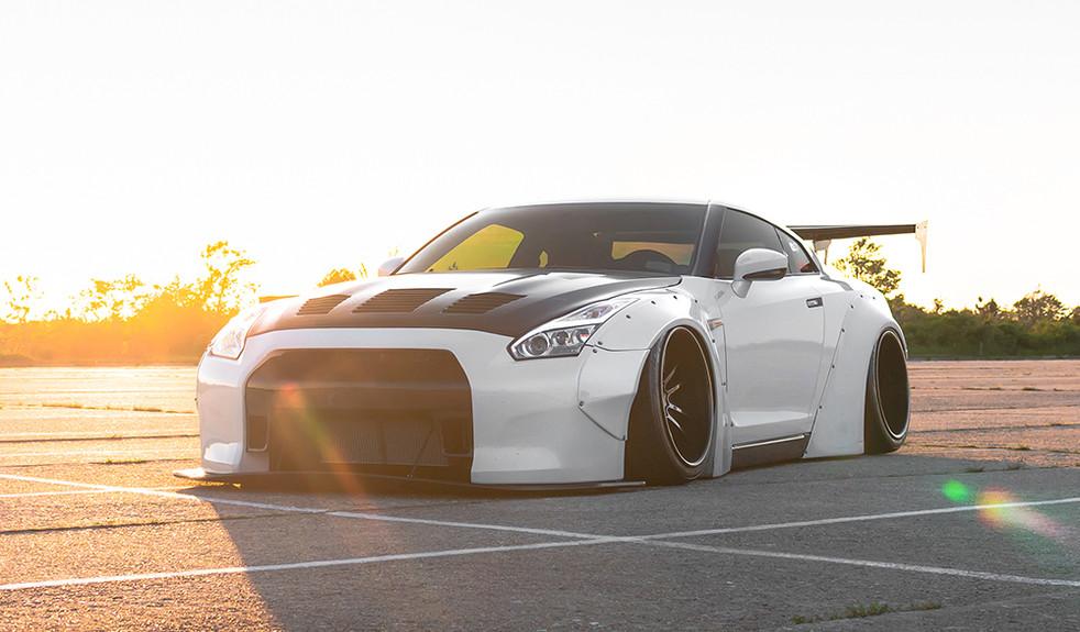 nissan-gtr-sr8-polished-grigio-avant-garde-wheels-01.jpg
