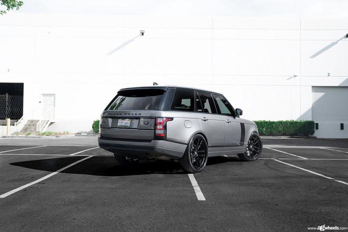 range-rover-f531-gloss-black-avant-garde