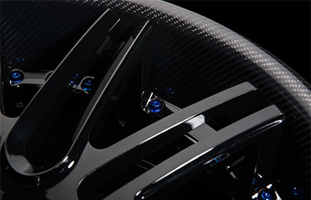 agl12-spec2-gloss-black-carbon-fiber-lip