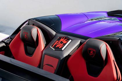 AG MC Purple Huracan Carbon EVO 11.jpg