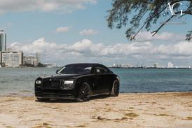 rolls-royce-wraith-agl11-gloss-black-9.j