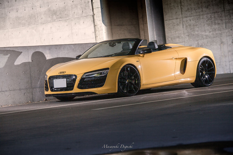 f331-gloss-black-wheels-audi-r8-sidefron