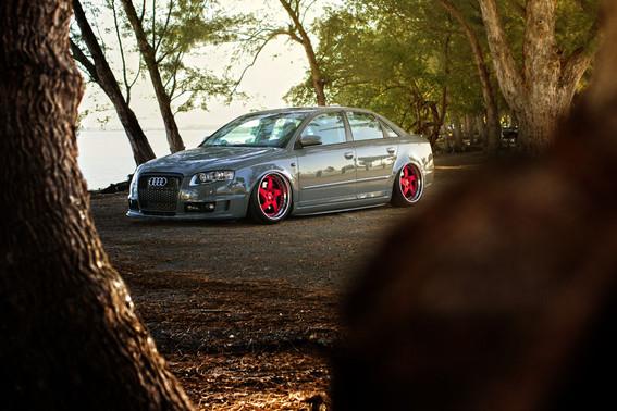 Audi A4 _ AG F133.jpg