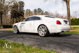 rolls-royce-wraith-white-agluxury-agl22-