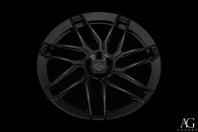 agl35-gloss-black-monoblock-aero-flange-agluxury-wheels-05.jpg